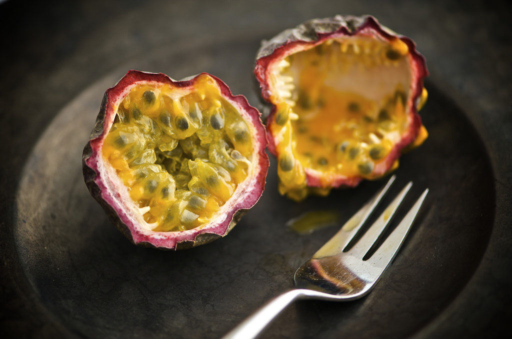 Passion fruit - photo by THOR