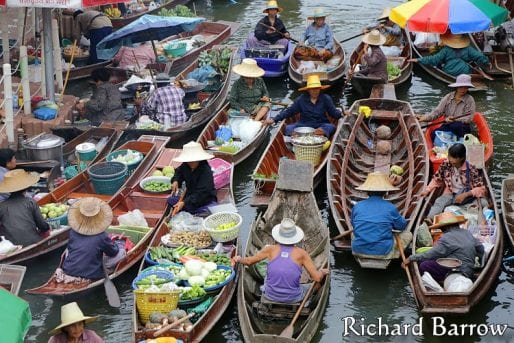 Tha Kha floating market in Samut Songkhram