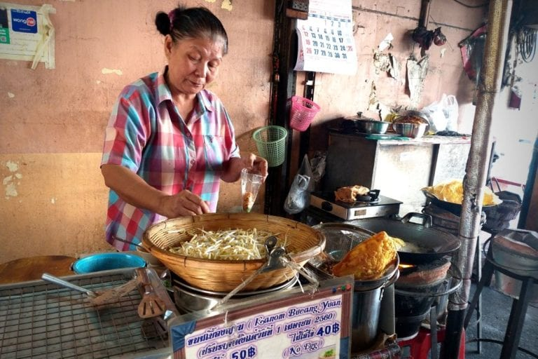 Local Food Vendor on Bangkok by Day Tour